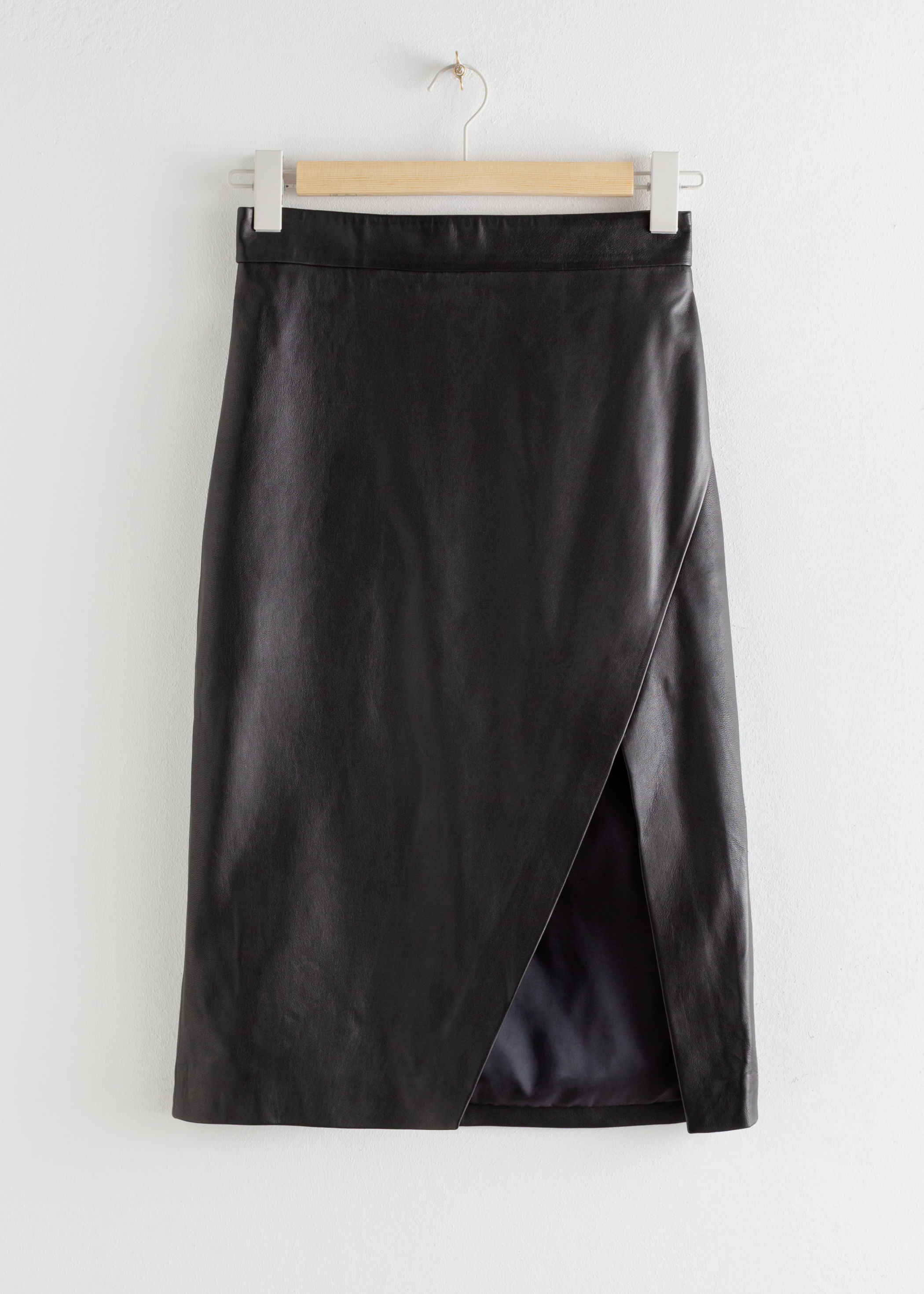 앤 아더 스토리즈 비대칭 펜슬 스커트 & OTHER STORIES Leather Asymmetric Pencil Skirt,Black