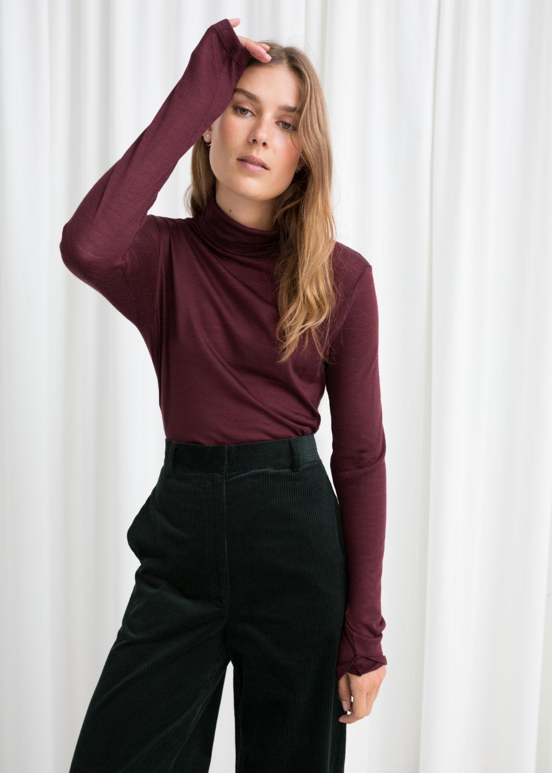 Thin Wool Turtleneck Sweater