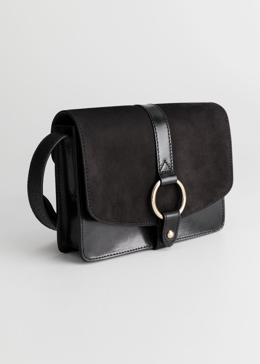Black Gold Ring Bag