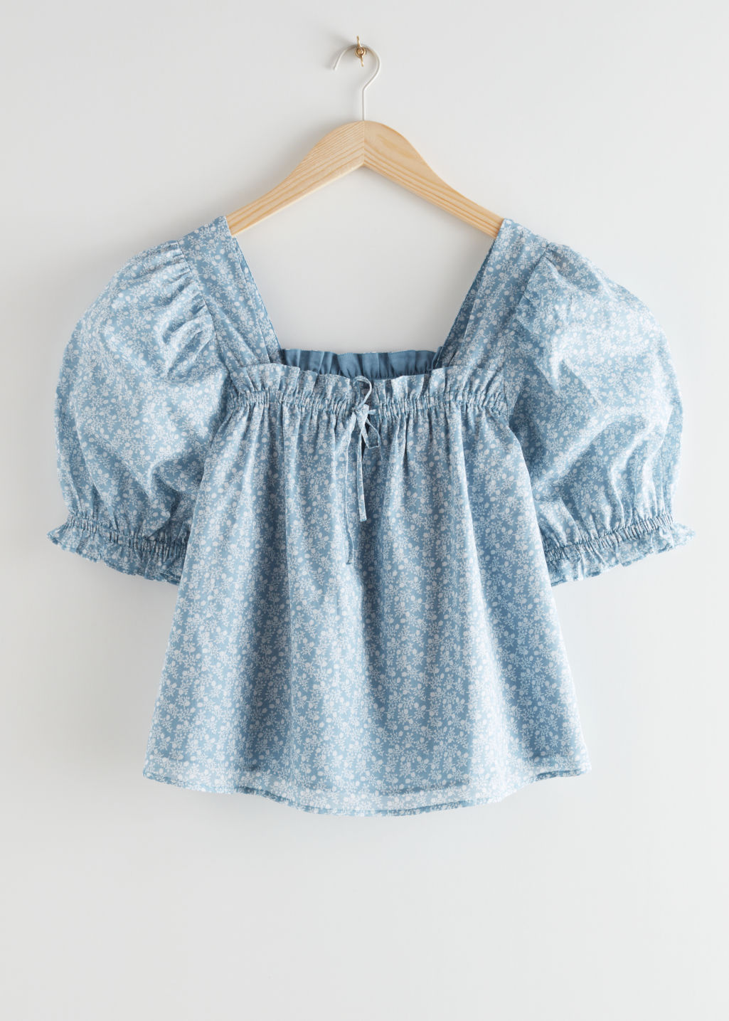 StillLife Front Image of Stories Square Neck Puff Sleeve Top in Blue