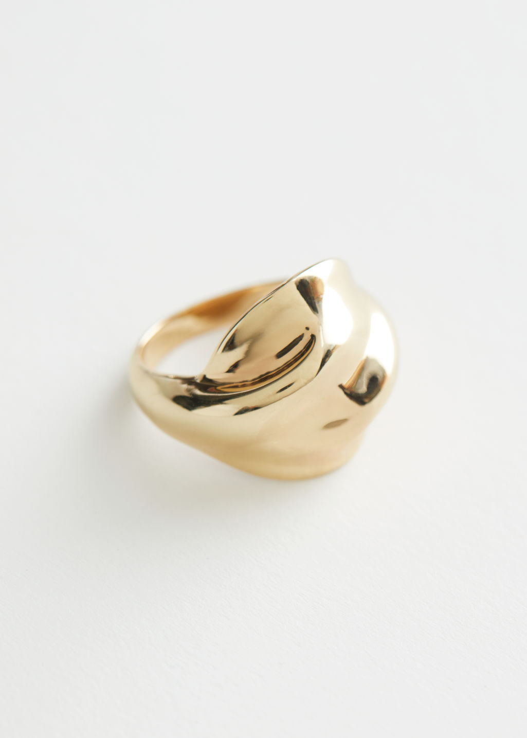StillLife Front Image of Stories Organic Twisted Ring in Gold