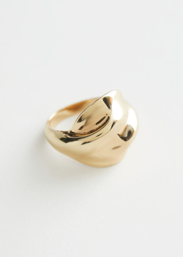 Organic Twisted Ring