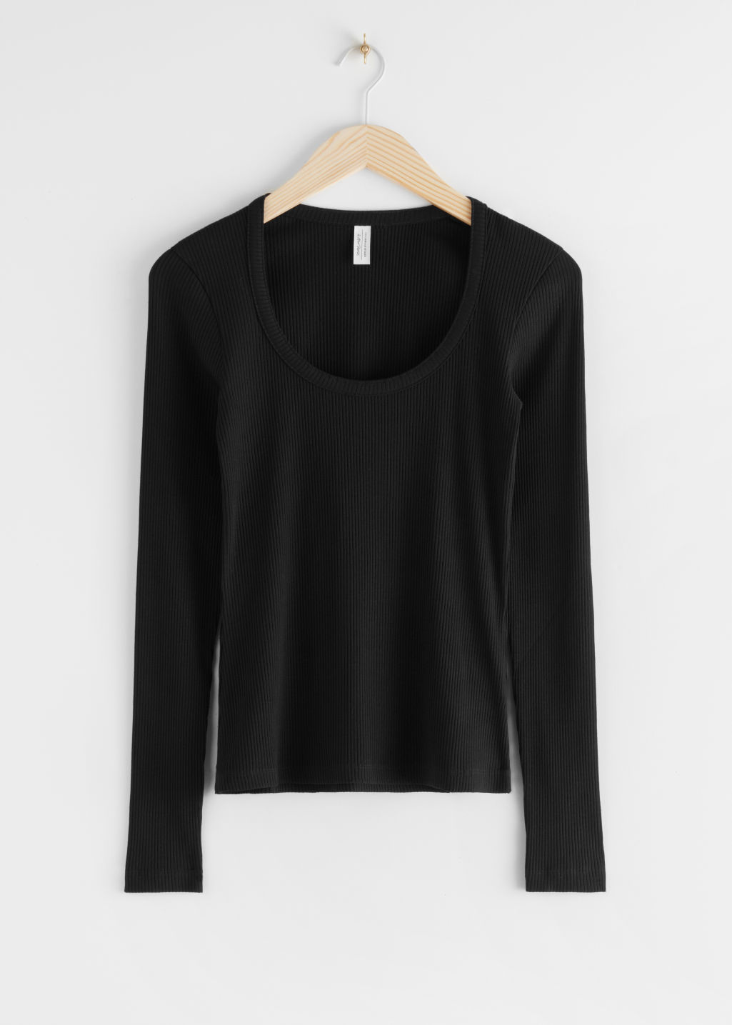 StillLife Front Image of Stories Ribbed Scoop Neck Top in Black