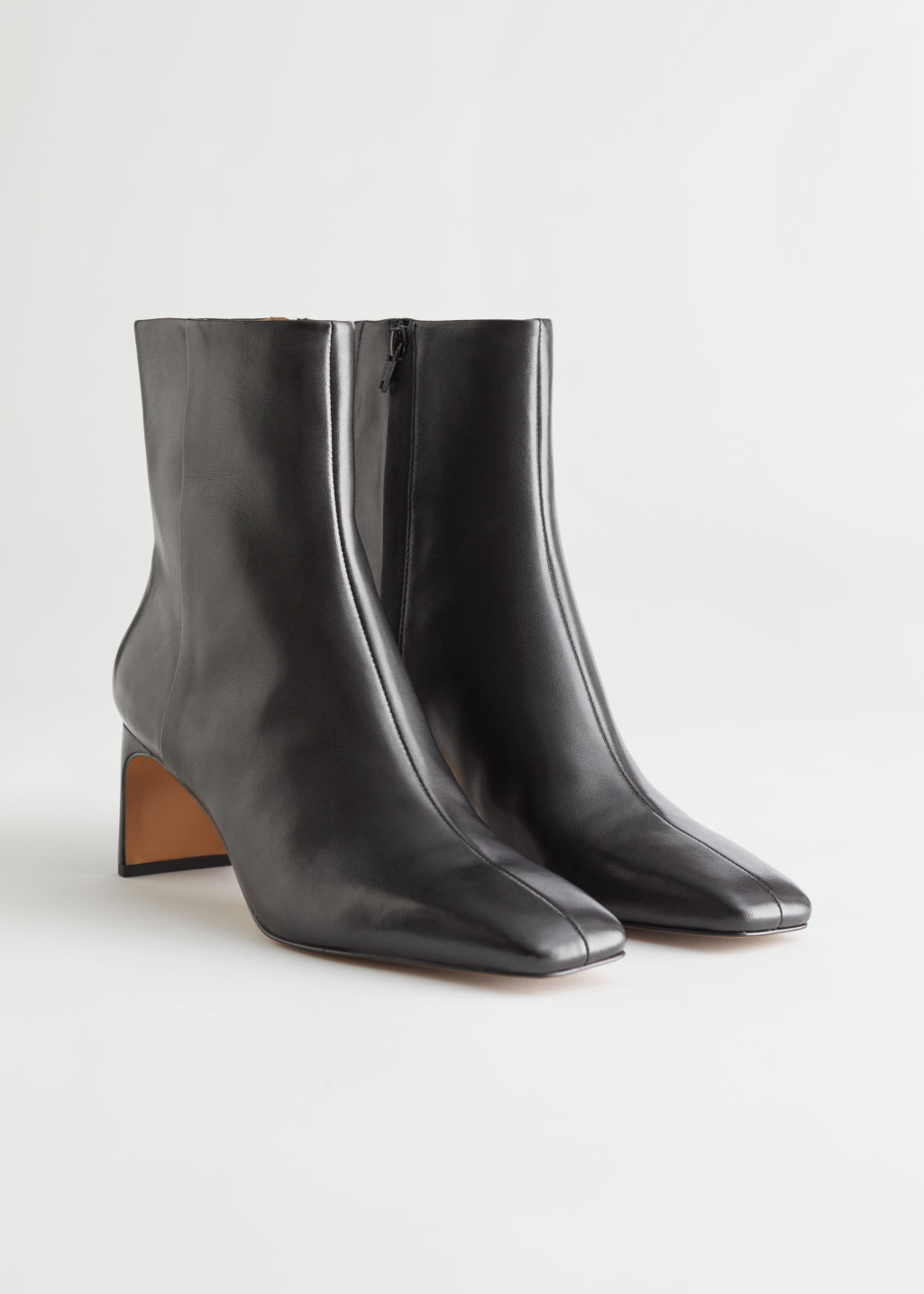 StillLife Front Image of Stories Slim Block Heel Leather Boots in Black