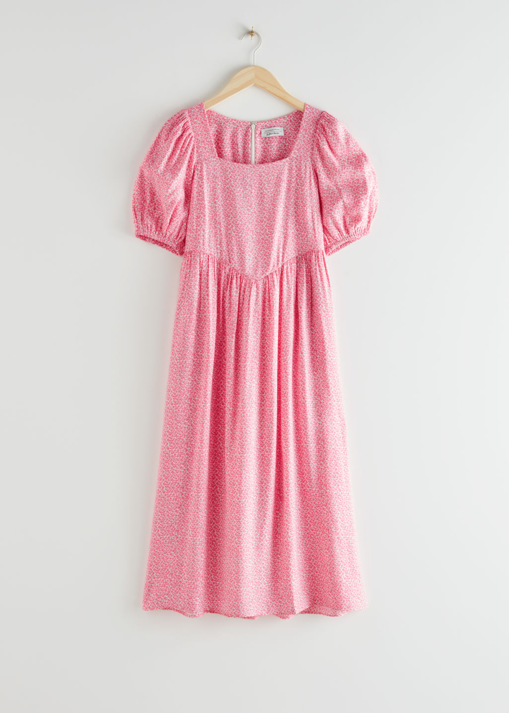 StillLife Front Image of Stories Square Neck Puff Sleeve Midi Dress in Pink
