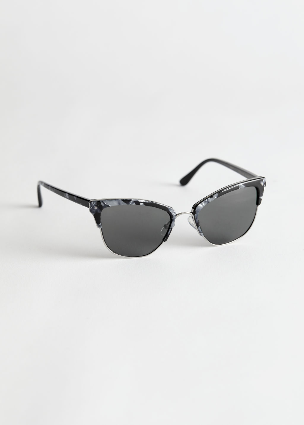 StillLife Front Image of Stories Cat Eye Sunglasses in Black