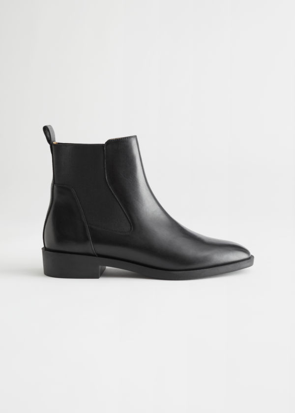 Almond Toe Leather Chelsea Boots