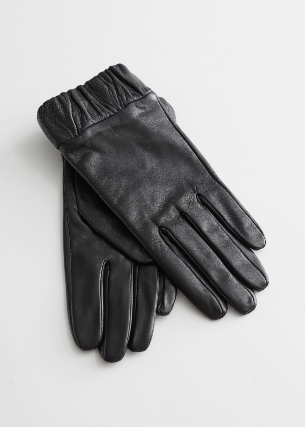 StillLife Front Image of Stories Ruched Cuff Leather Gloves in Black