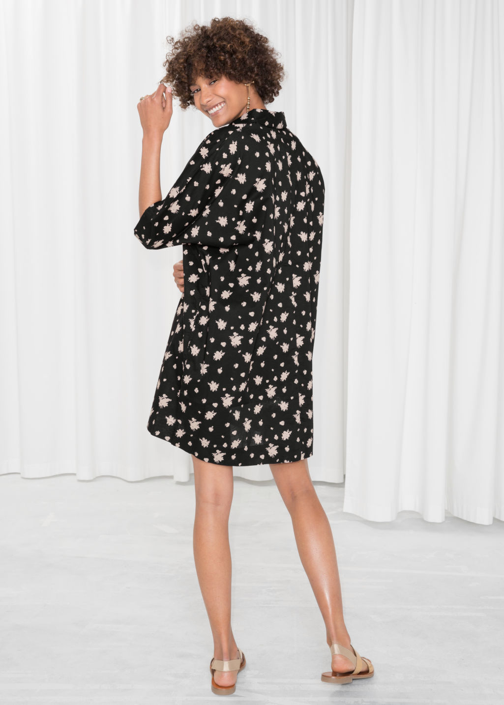Model back image of Stories cotton shirt dress in black