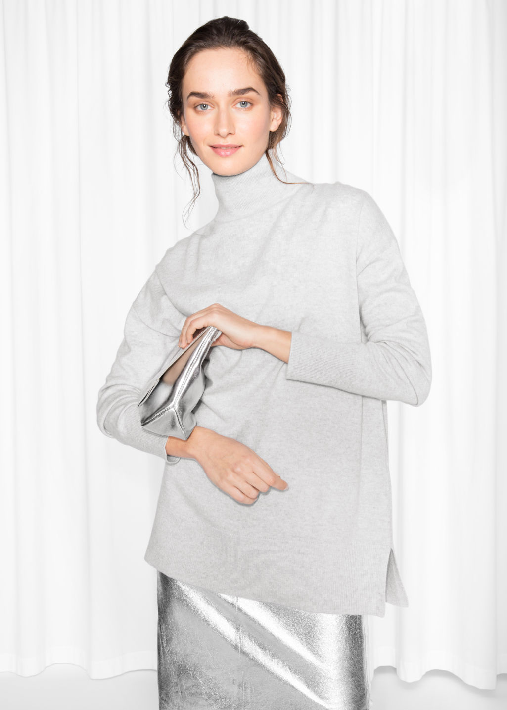 Model front image of Stories cashmere turtleneck sweater in grey