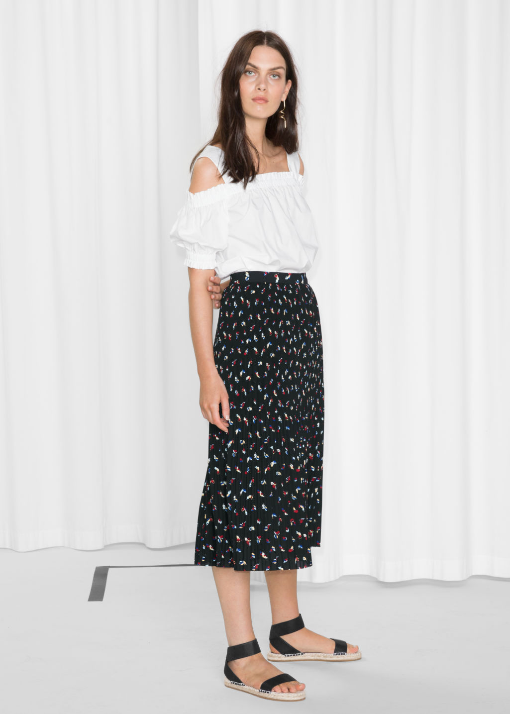Model front image of Stories mini pleats crepe skirt in black