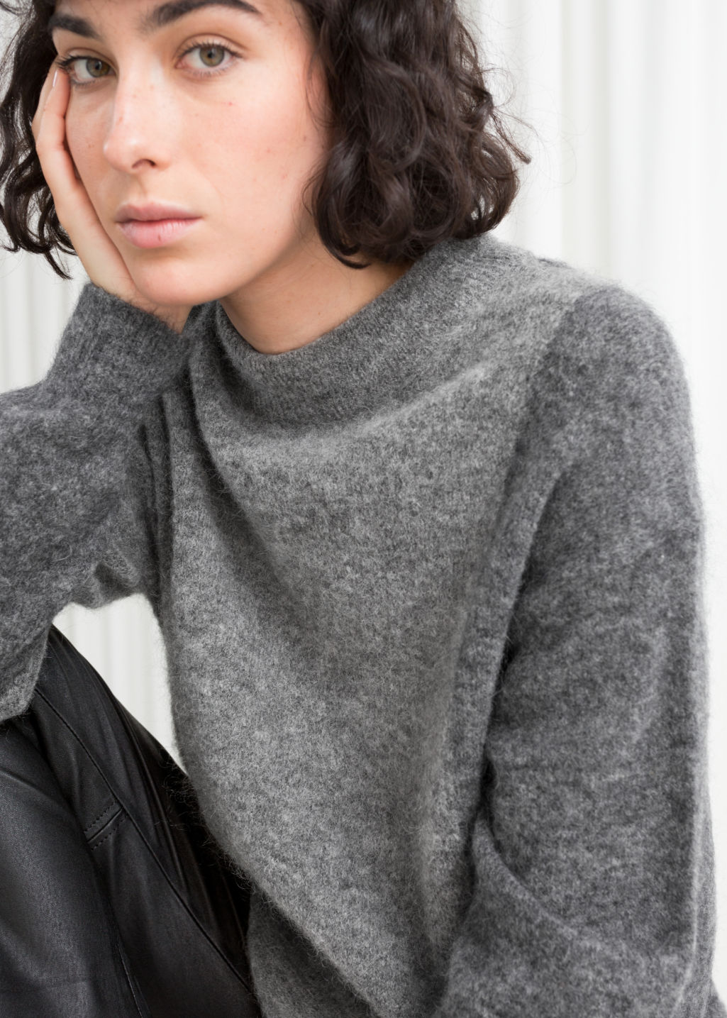 Model front image of Stories oversized knit in grey