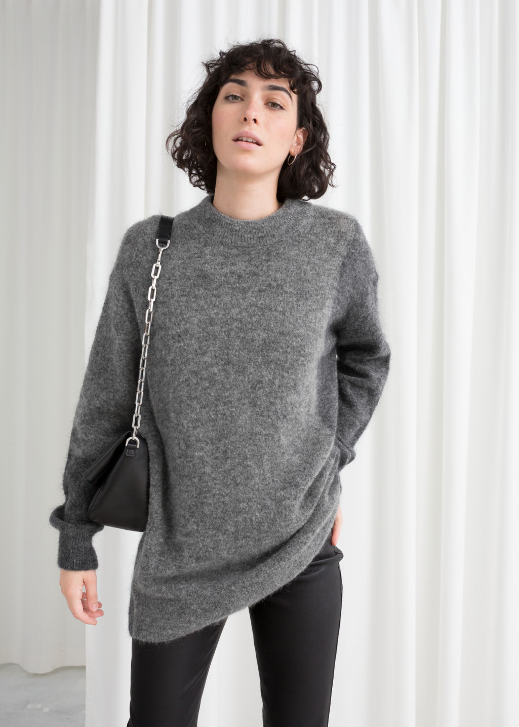 Model back image of Stories oversized knit in grey