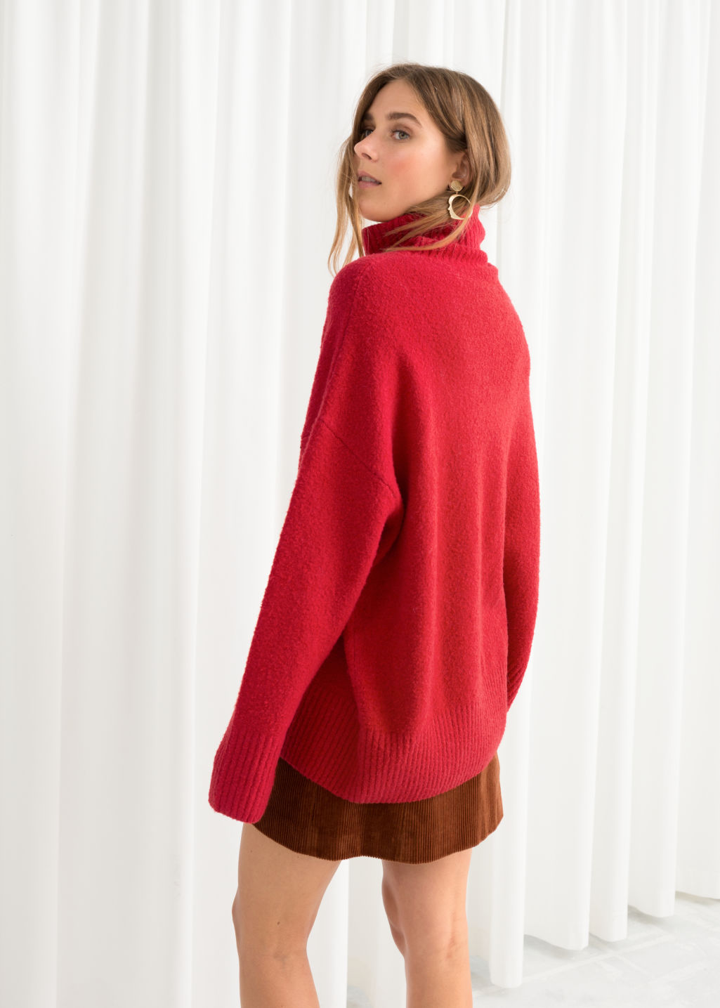 Model back image of Stories high neck sweater in red