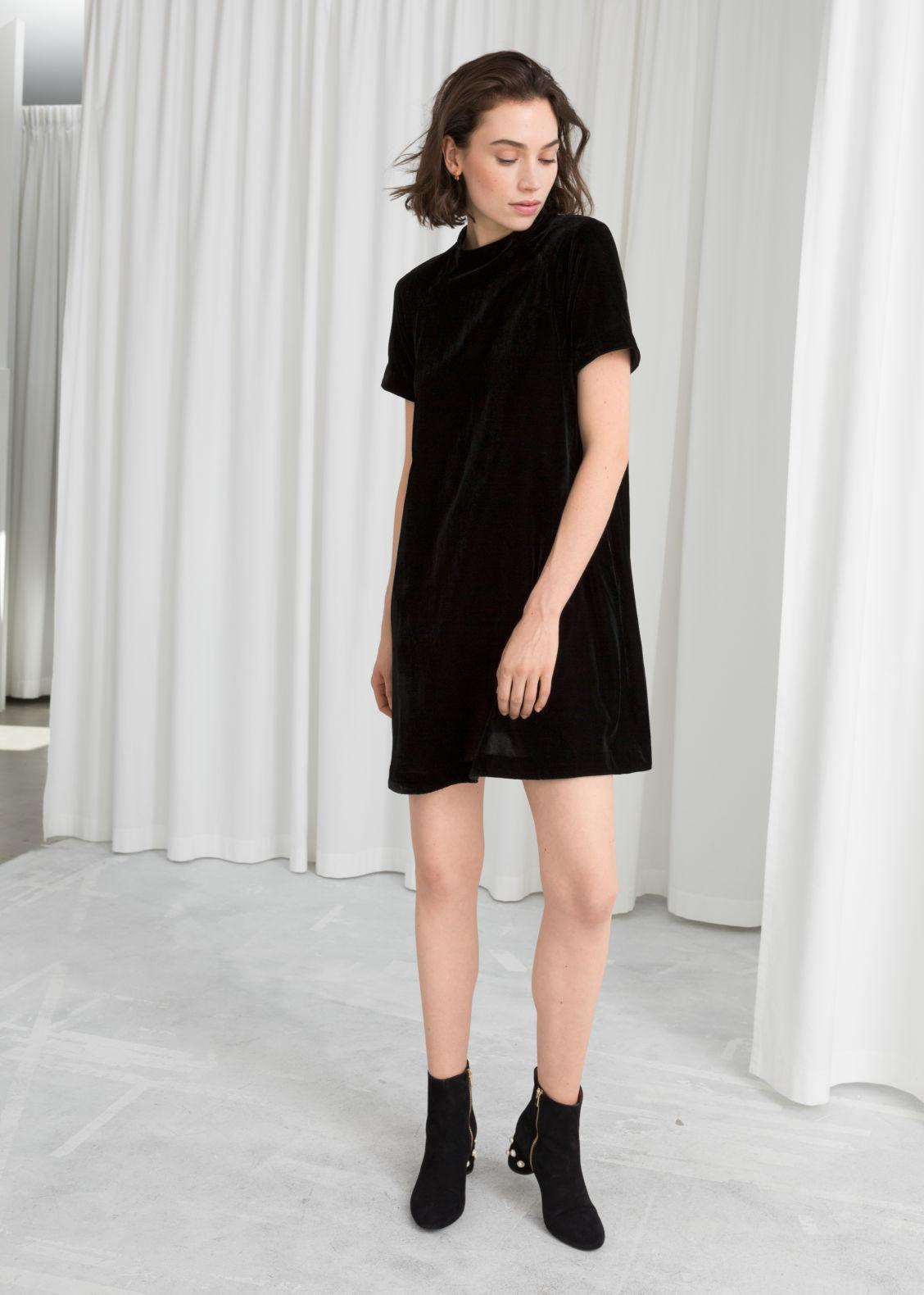 Velvet T-Shirt Dress - Black - Mini dresses -   Other Stories 5215a5745