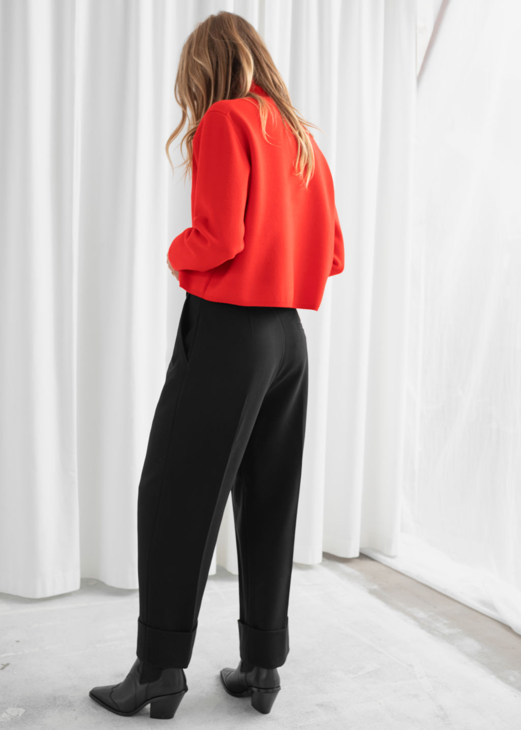 Model back image of Stories cropped relaxed fit turtleneck  in red