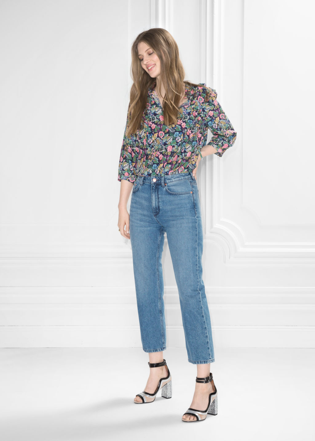 Model front image of Stories flare cropped jeans in blue