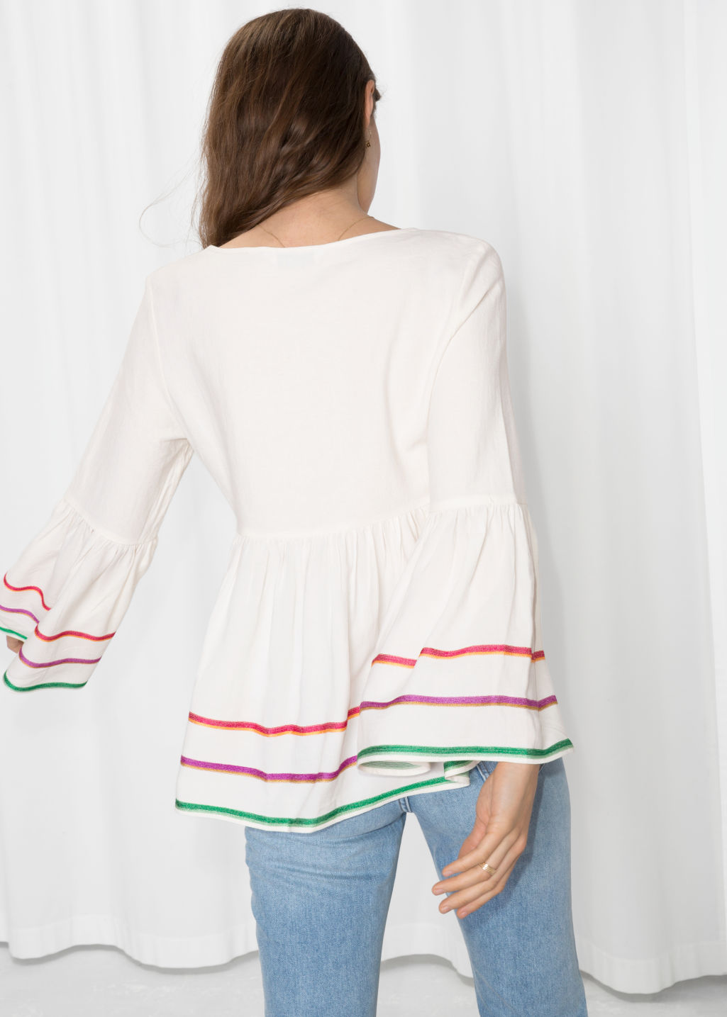Model back image of Stories linen-blend rik rak & embroidered blouse in white