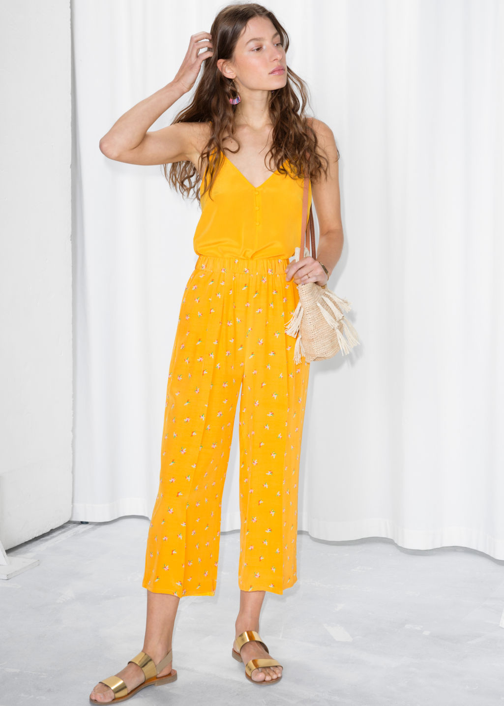 Model front image of Stories starry sky print culottes in yellow