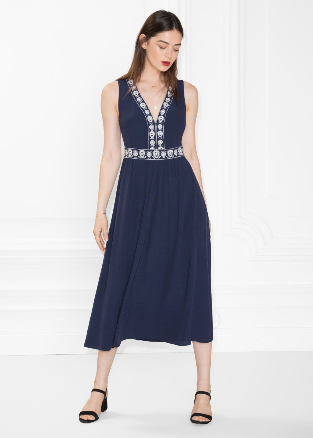 Model front image of Stories embroidery maxi dress in blue