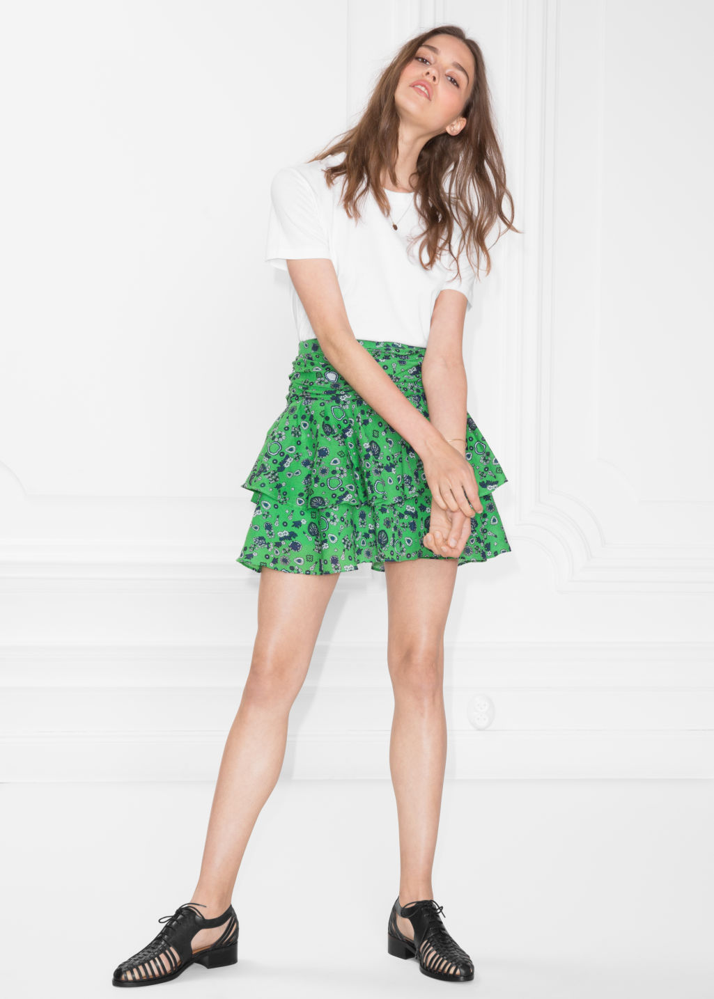 Model front image of Stories frill skirt in green