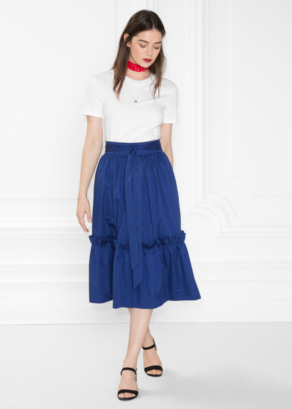 Model front image of Stories a-line skirt in blue