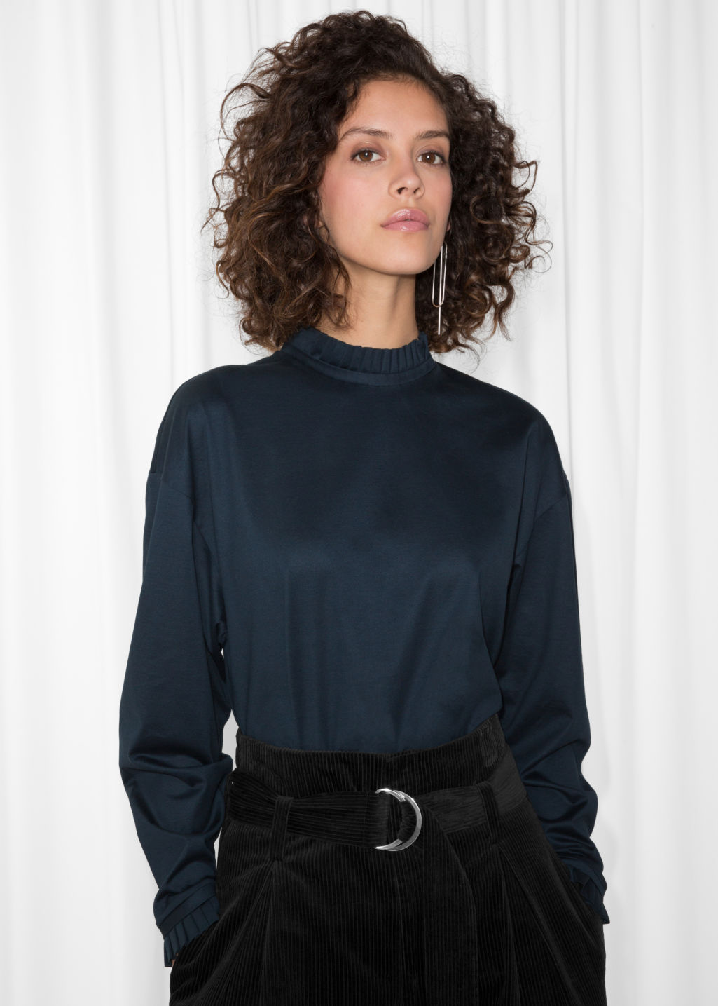 Model front image of Stories pleated frill sweater  in blue