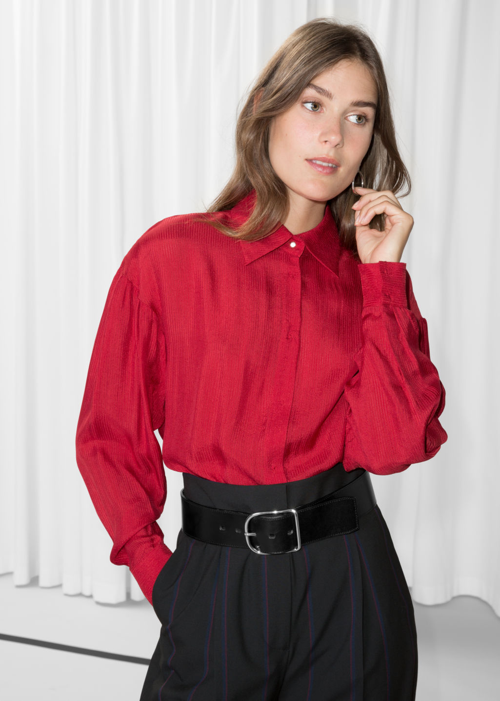 Model front image of Stories large collar shirt in red