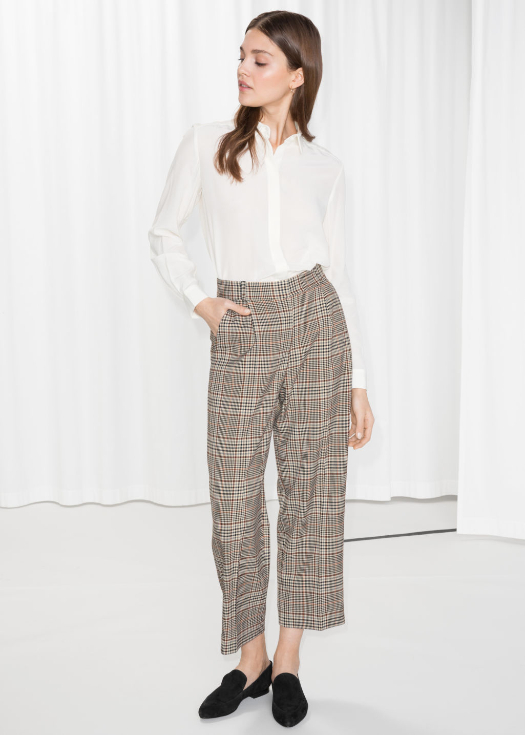 Model front image of Stories creased trousers in beige