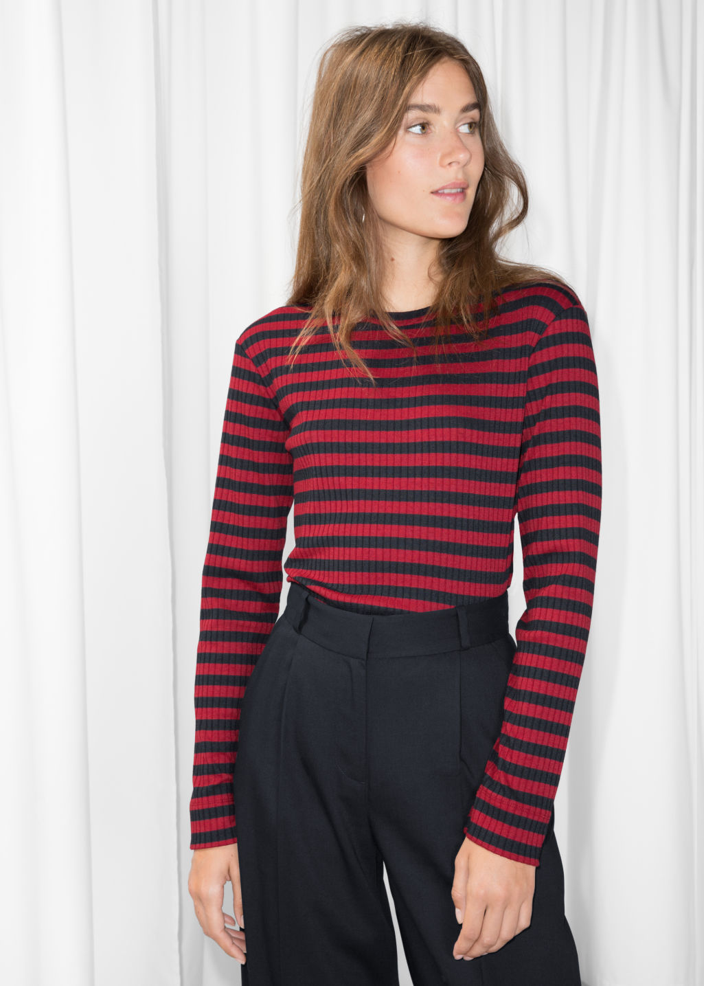 Model front image of Stories ribbed stripe top in red