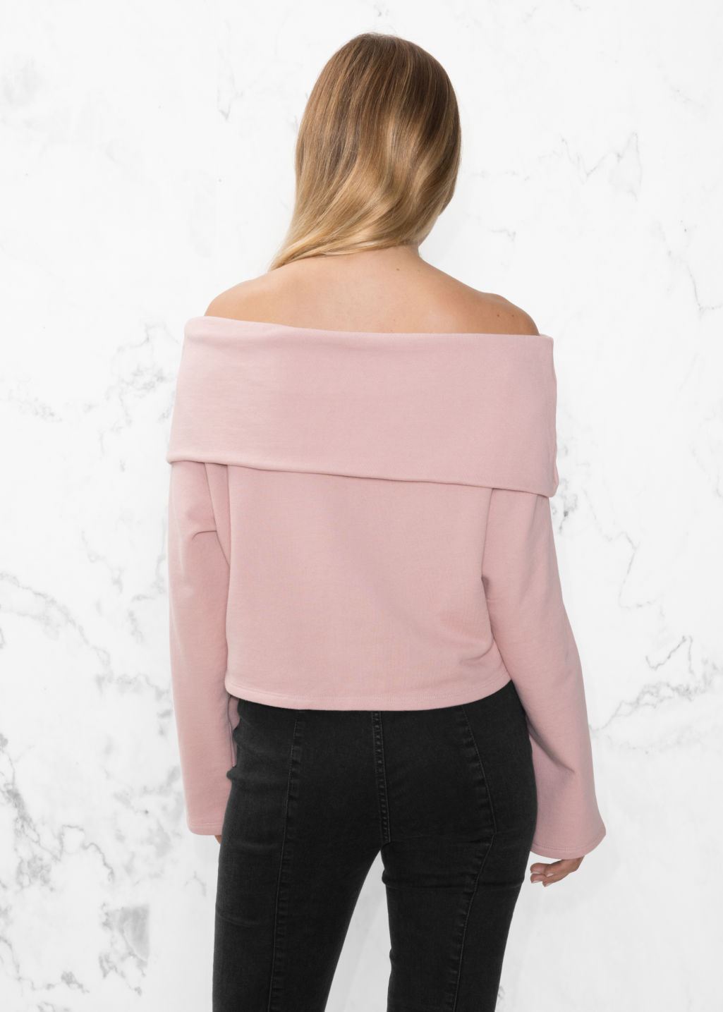 Model back image of Stories off-the-shouldertop in pink