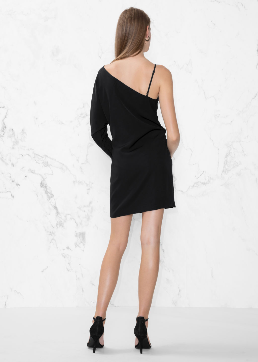 Model back image of Stories one sleeve dress in black