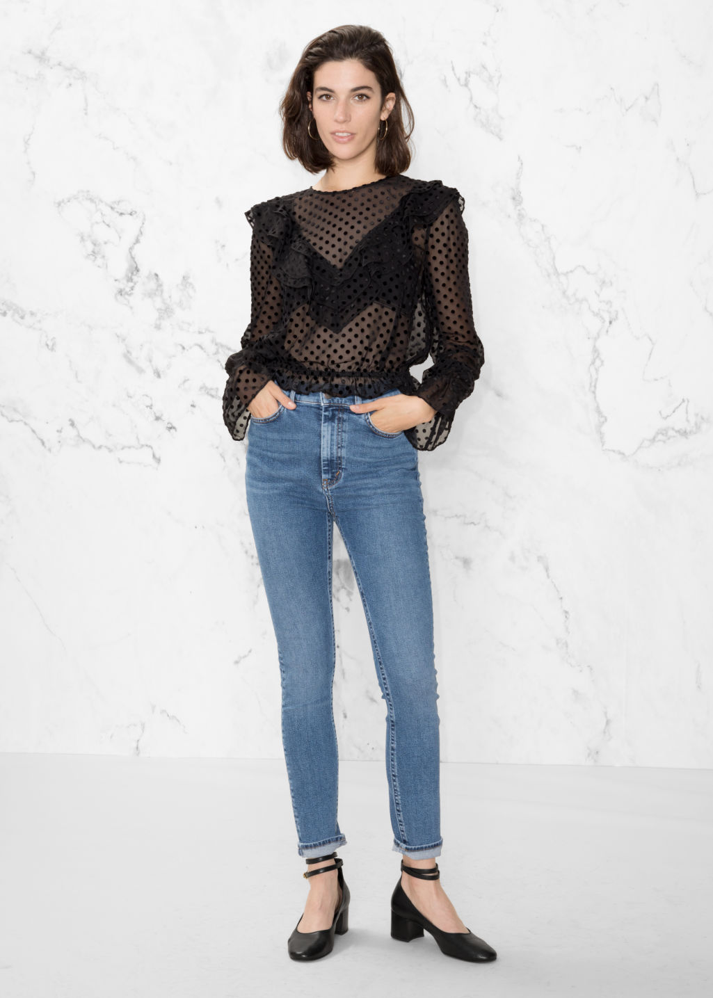 Model front image of Stories cropped high-rise jeans in blue