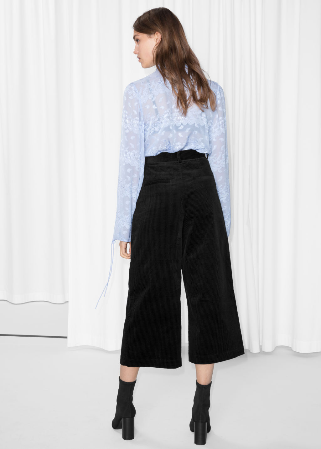 Model back image of Stories corduroy culottes in black