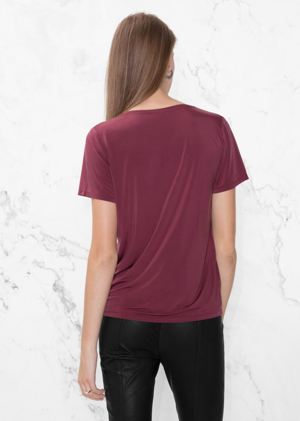 Model back image of Stories v-neck cupro top in red
