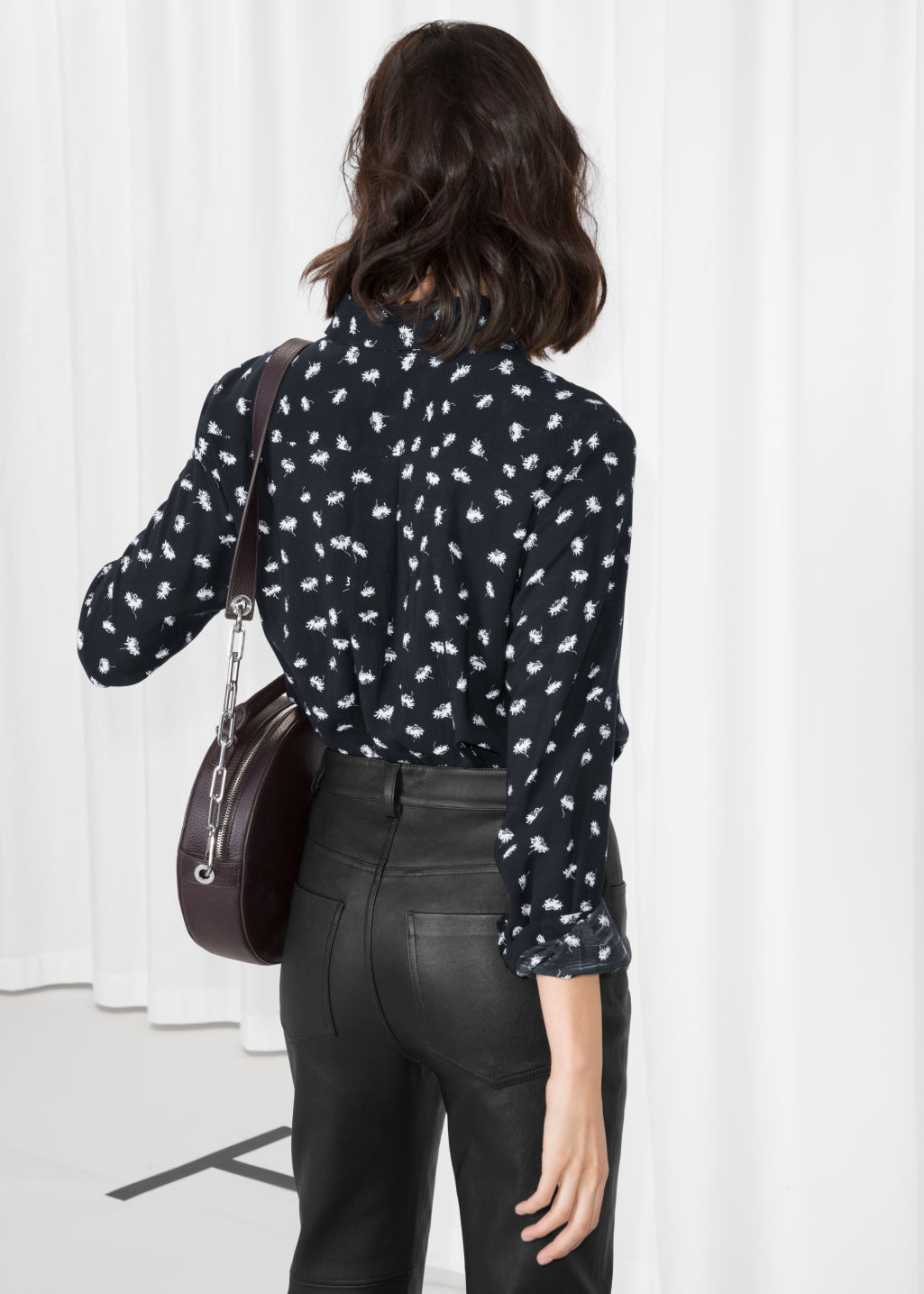Model back image of Stories button down shirt in black