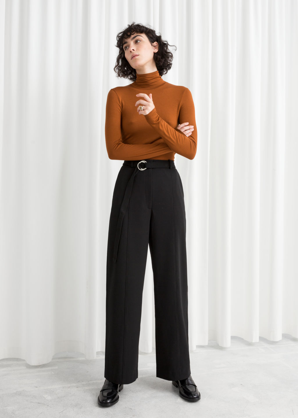 Model front image of Stories duo o-ring belted trousers in black