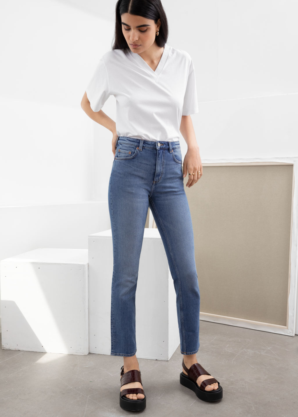 Model front image of Stories straight slim fit jeans in blue