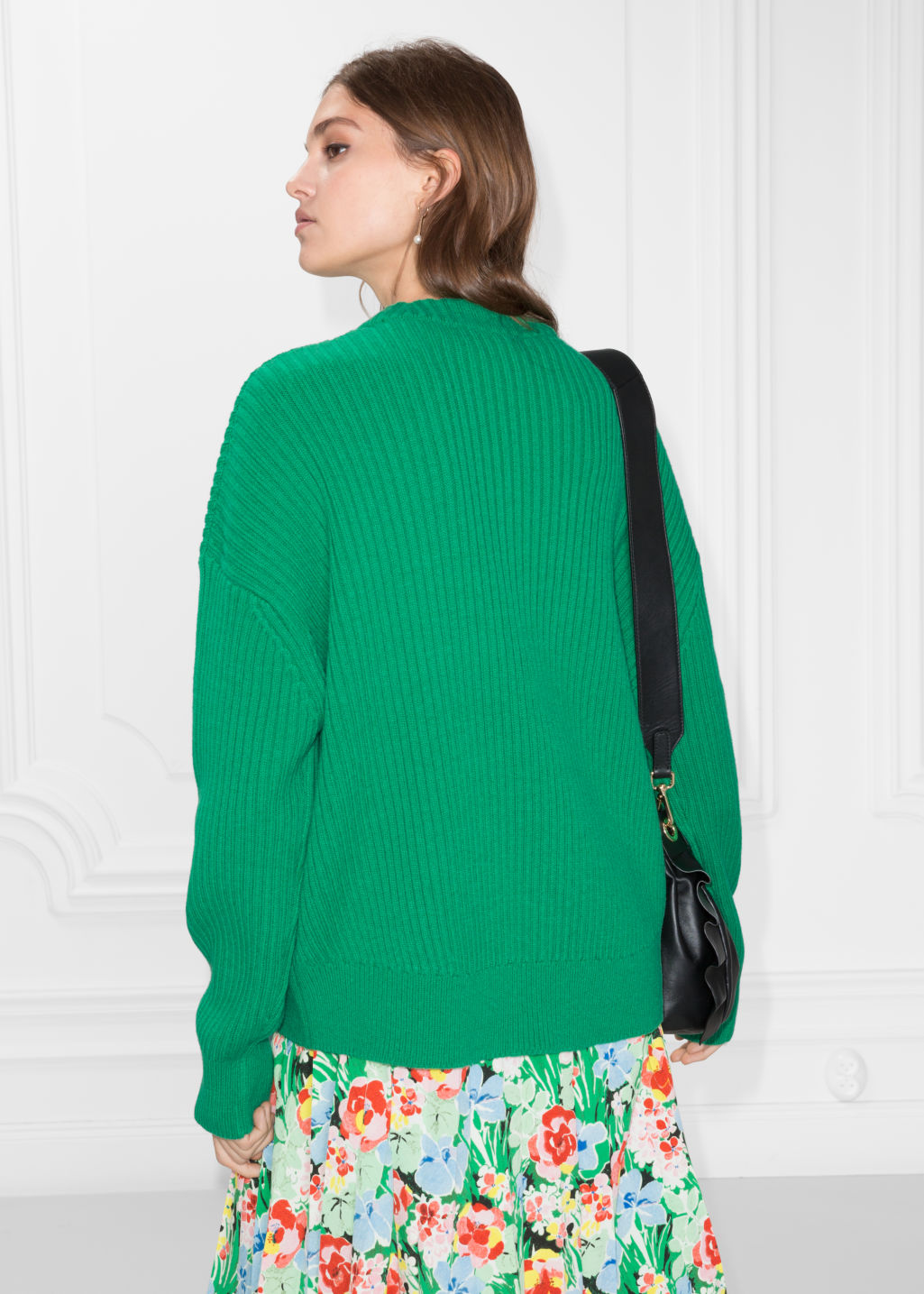 Model back image of Stories oversized straight sweater in green
