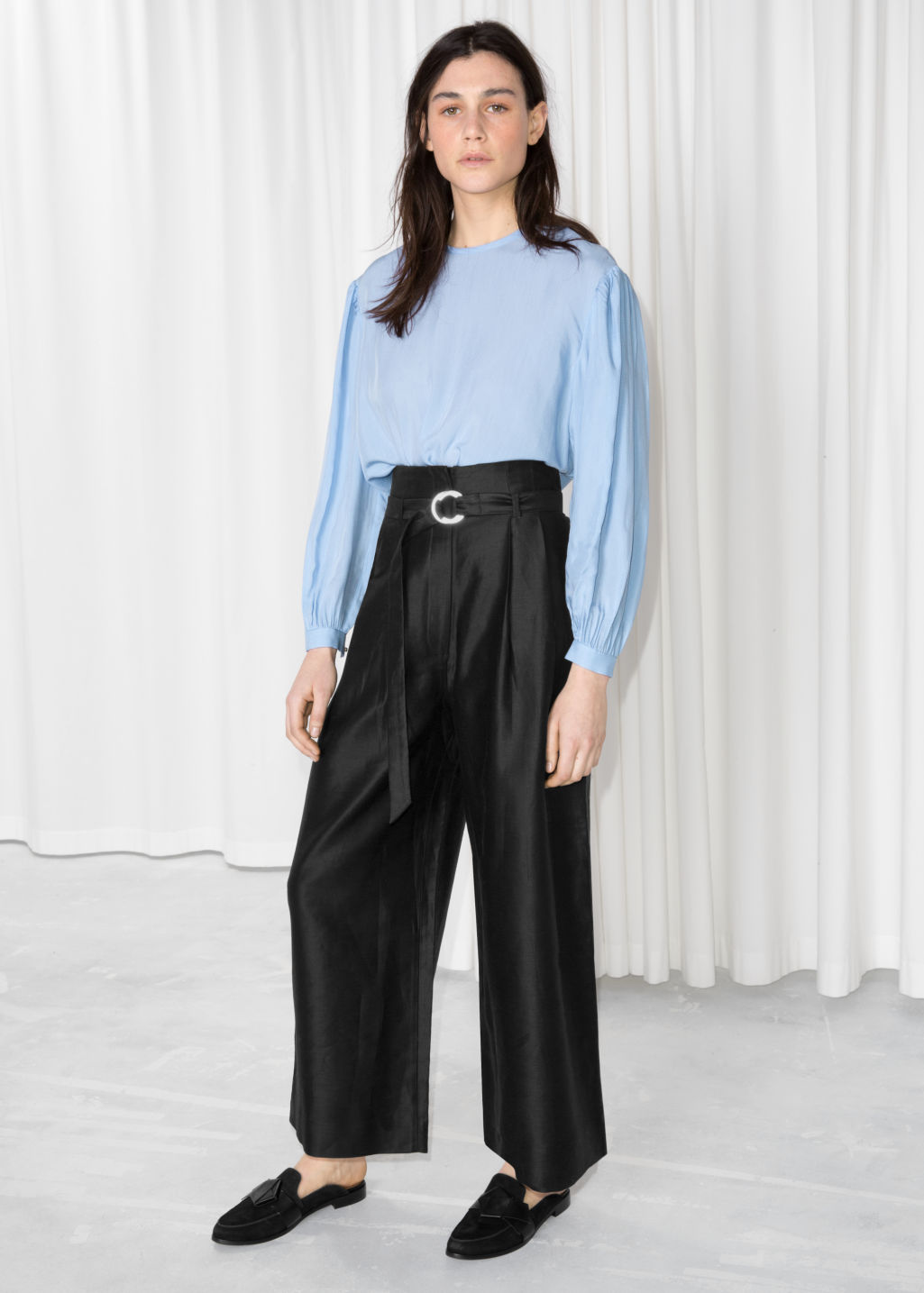 Model front image of Stories d-ring belted culottes in black