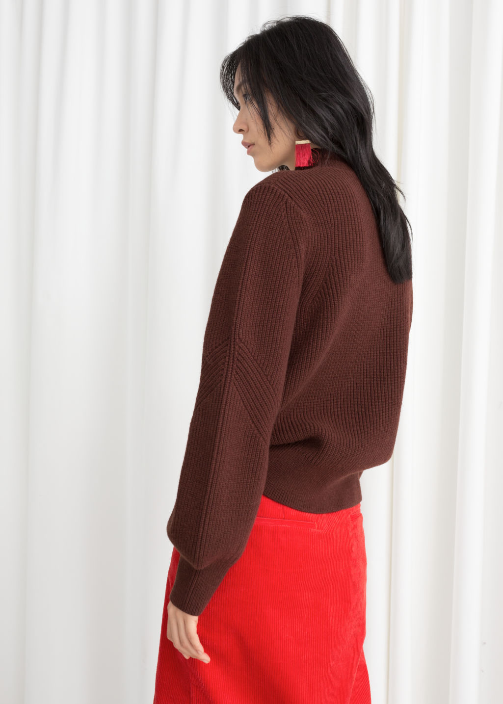 Model back image of Stories puffy sleeve sweater in brown