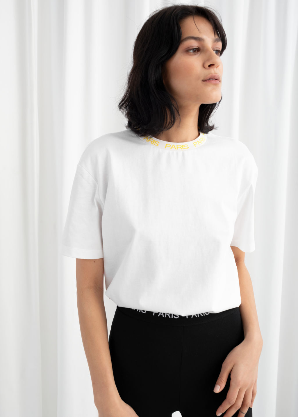 Model front image of Stories beaux jours tee  in white