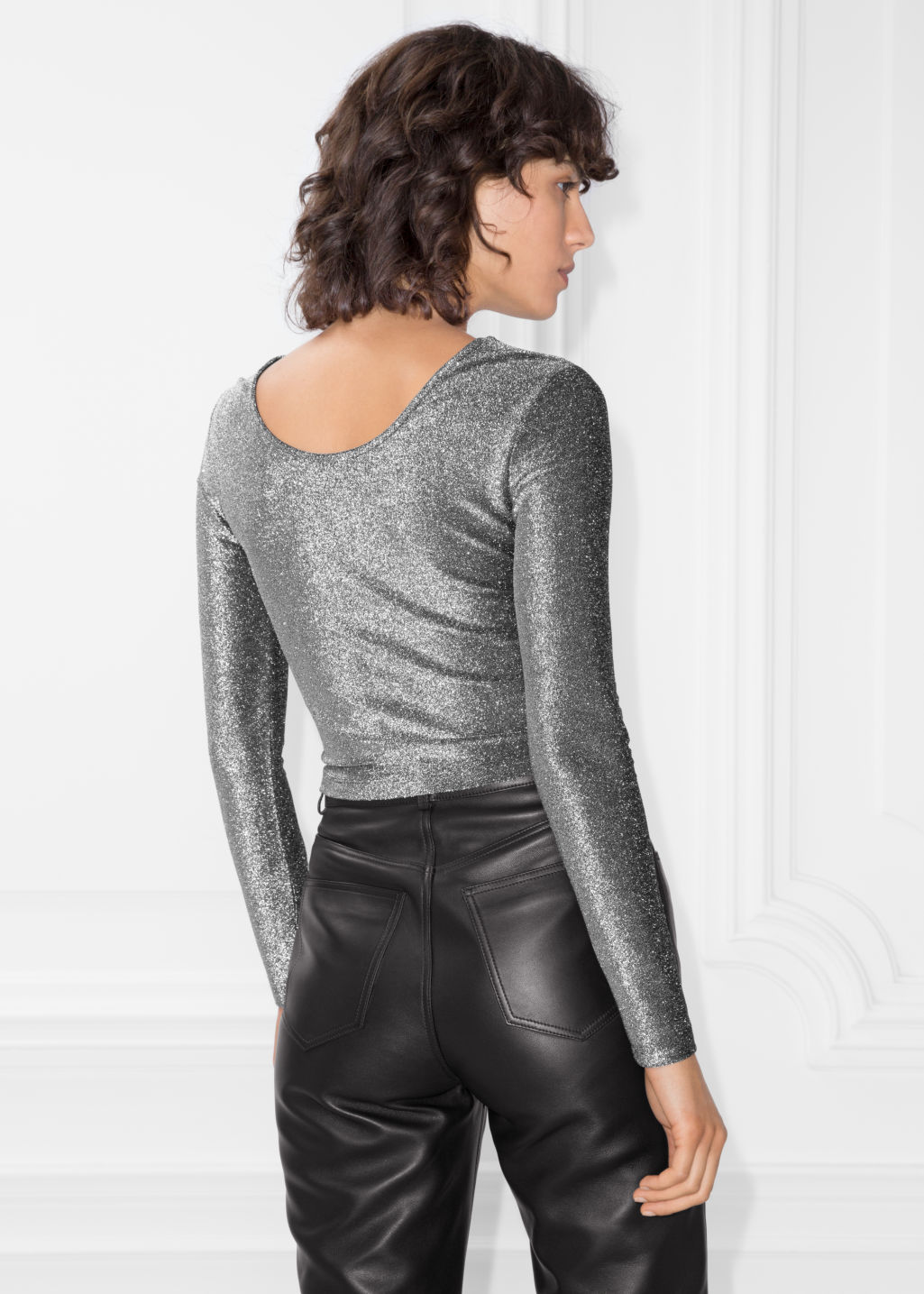 Model back image of Stories metallic drawstring top in silver