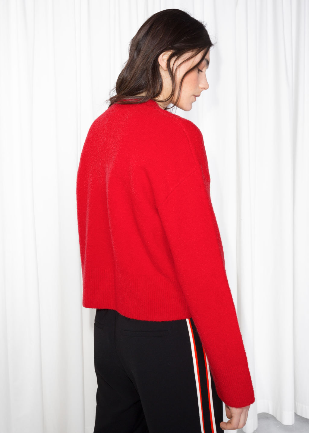 Model back image of Stories cropped sweater  in red