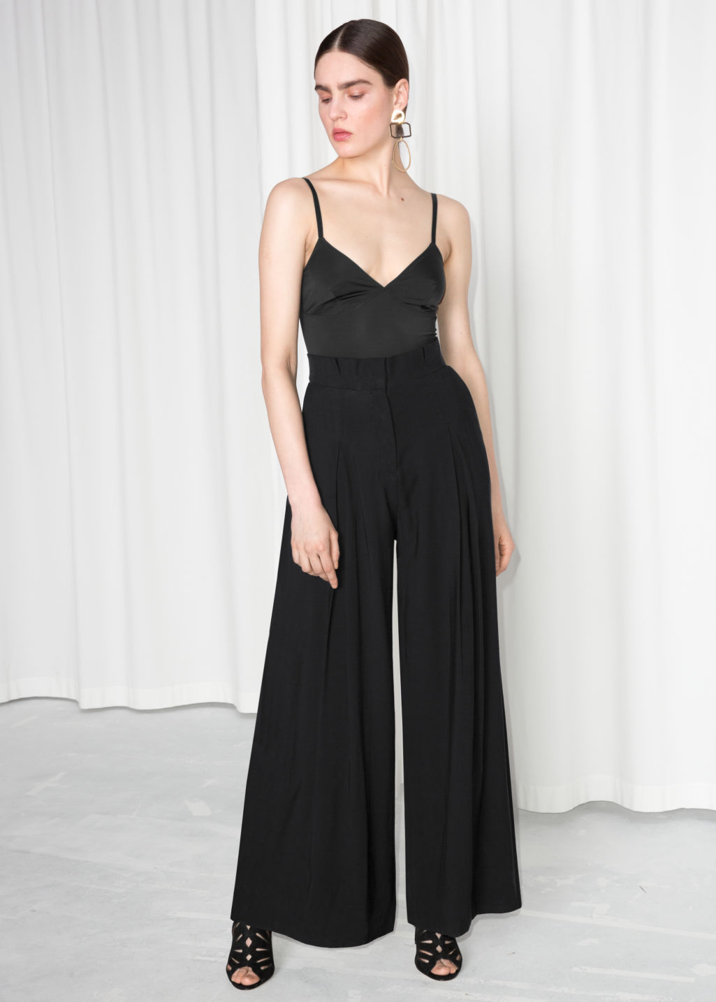 Model front image of Stories paperwaist wide trousers in black