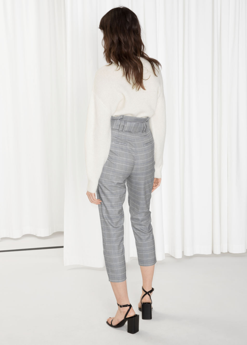 Model back image of Stories high waisted belted trousers in grey