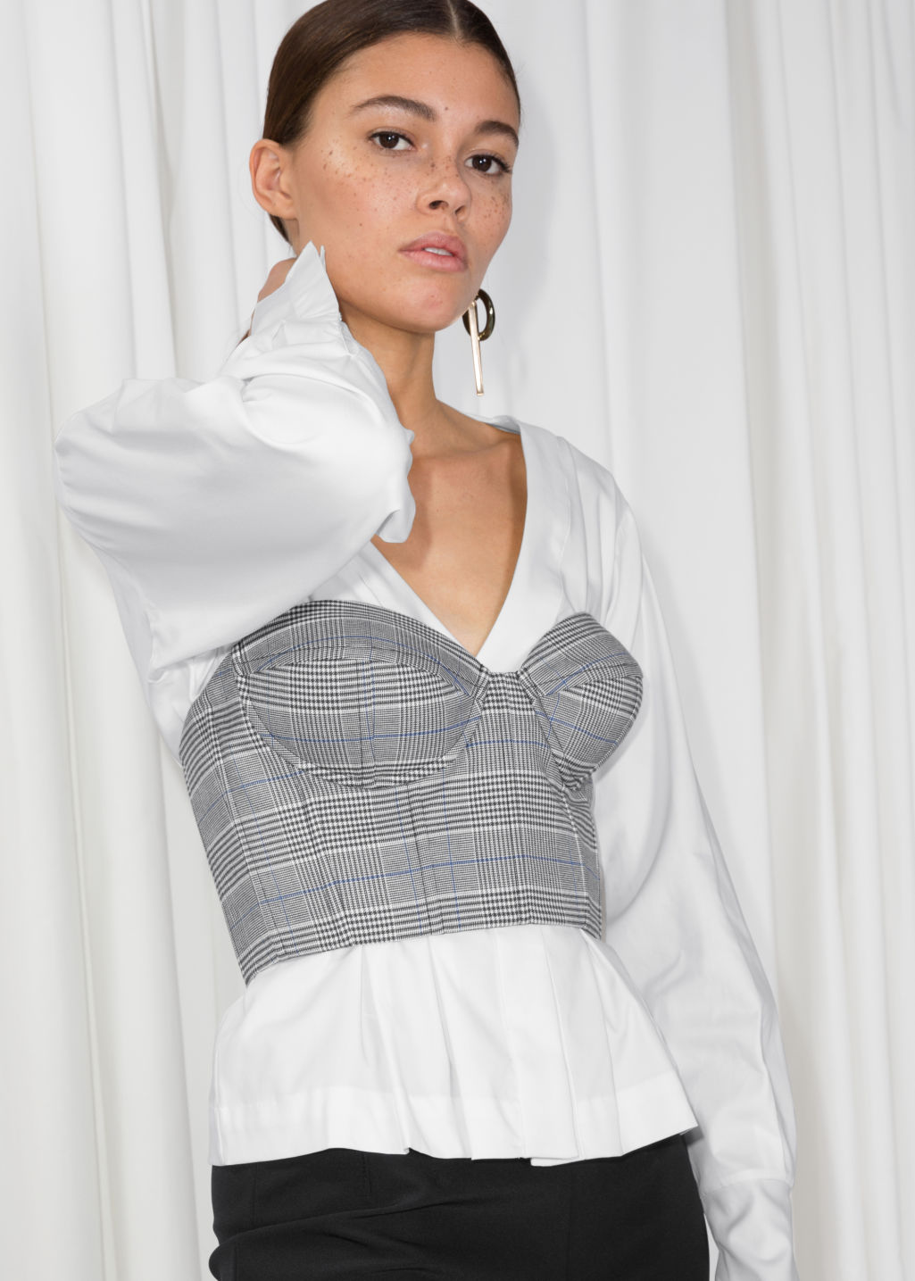 Model front image of Stories fitted bustier in grey