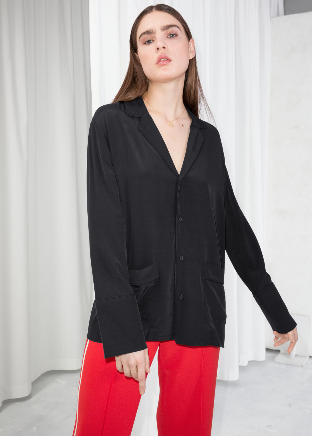 Model front image of Stories lounge button down shirt  in black