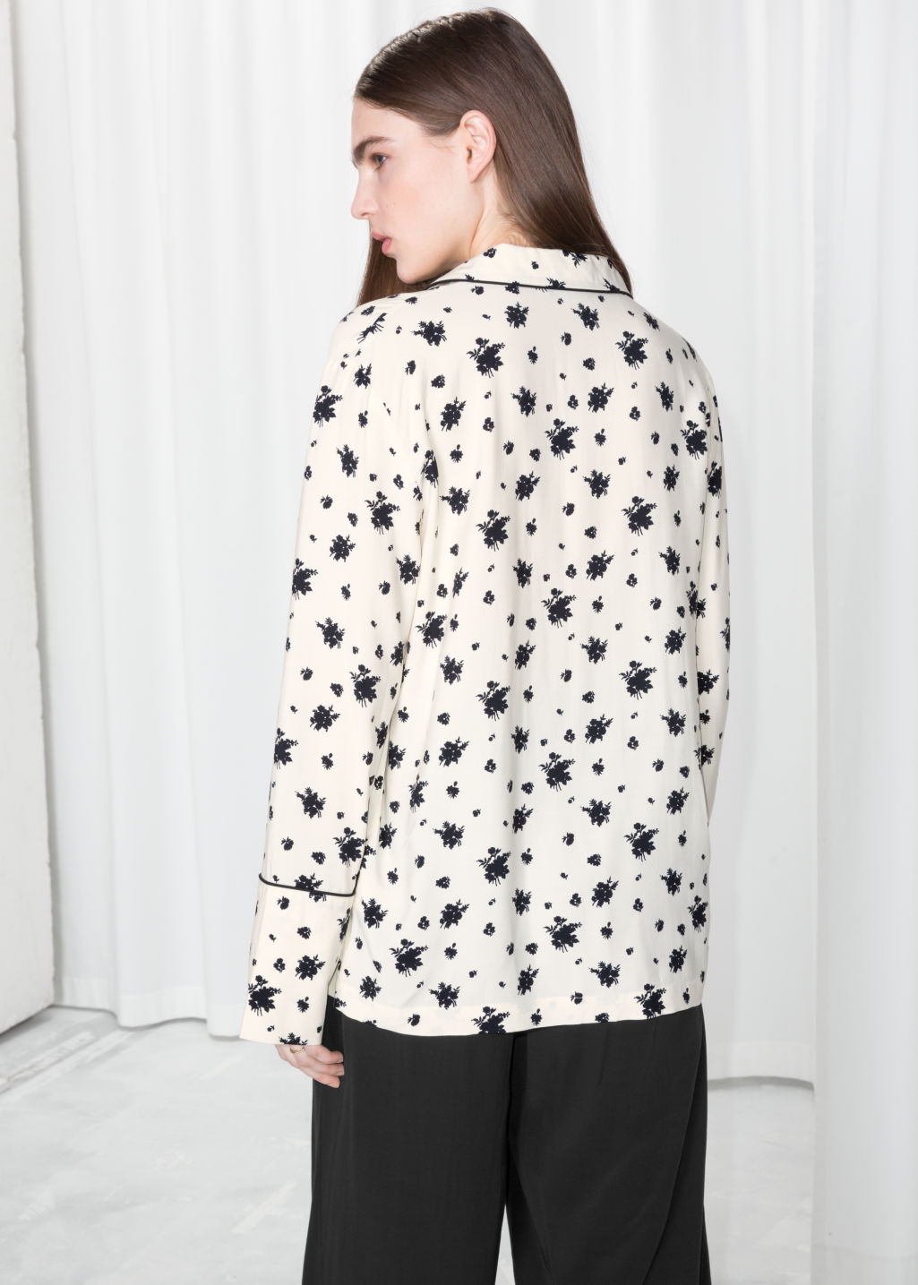 Model back image of Stories lounge button down shirt  in white