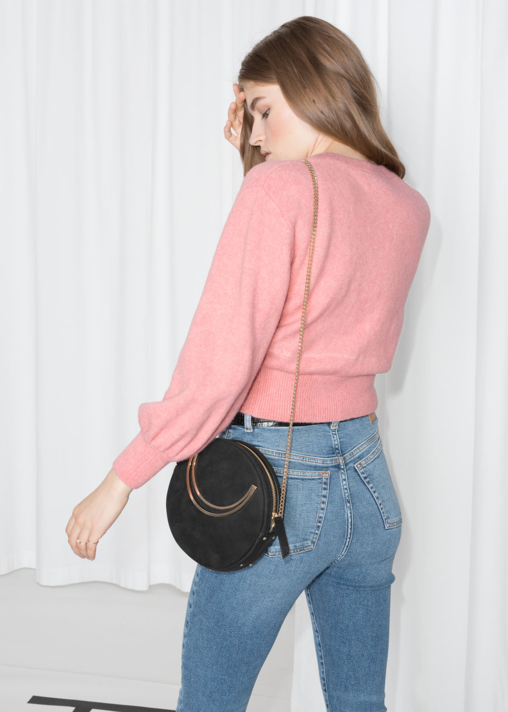 Model back image of Stories cropped sweater in pink